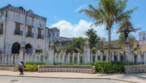 Stone Town ~ A Day Exploring Zanzibar's Enchanting City!
