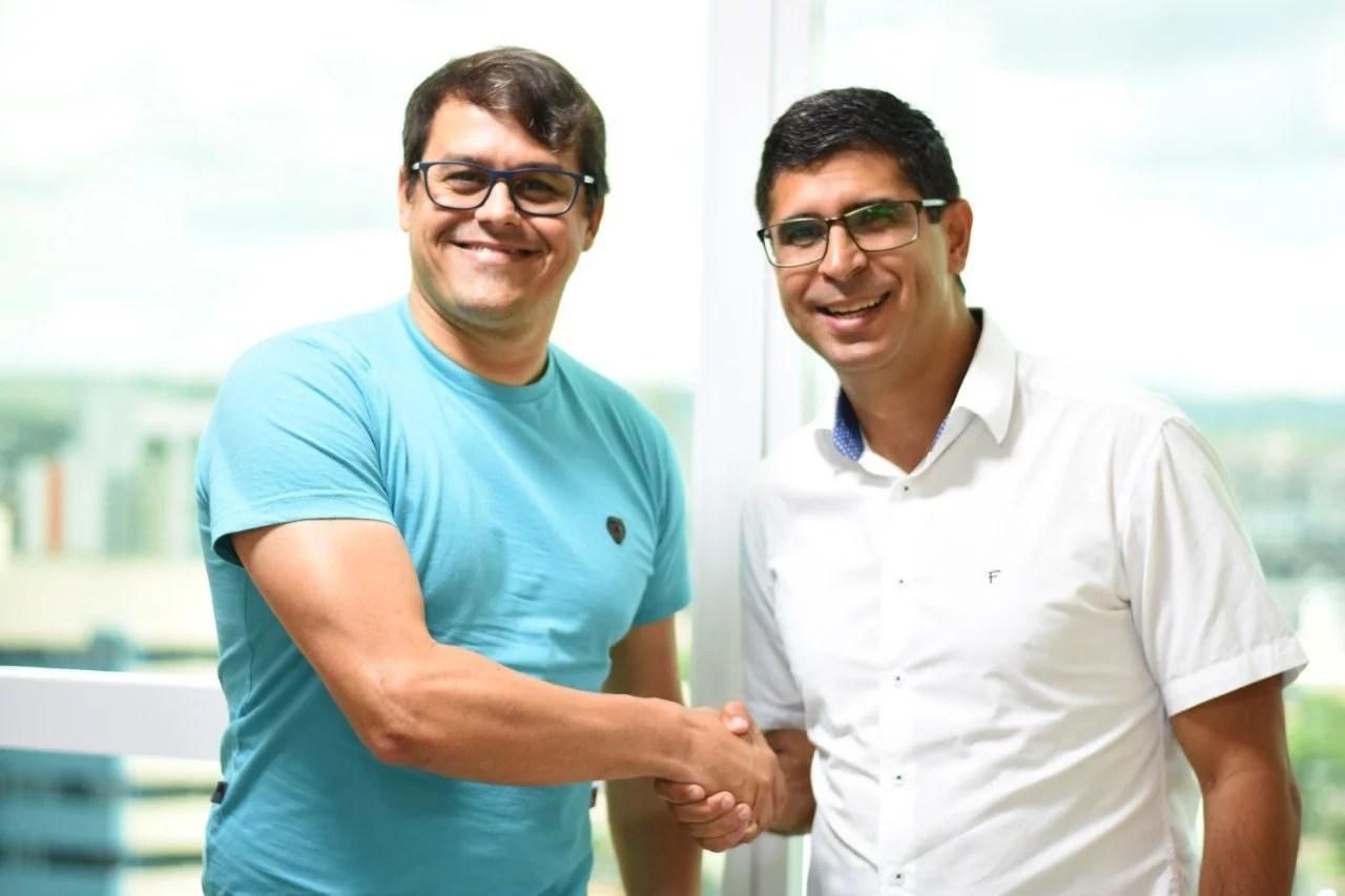 Delegado Israel Rubis visita gabinete de Erick Lessa em Caruaru – Blog  Ponto de Vista