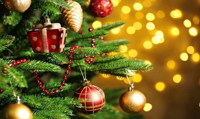 Addobbi Natalizi Quando.L Albero Di Natale Quando Si Fa E Quando Si Toglie Blogromaislove