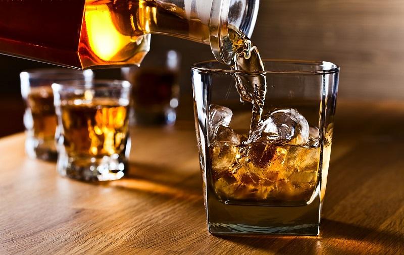 Indian-whisky-WEB.jpg