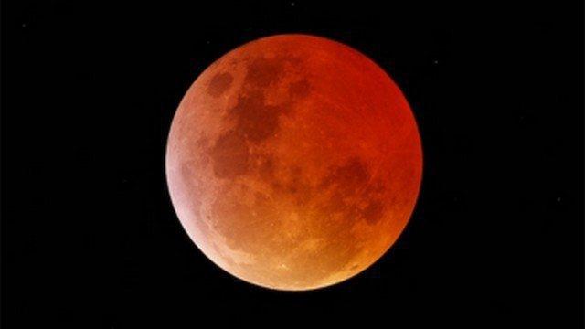 Eclissi-lunare-27-luglio-2018