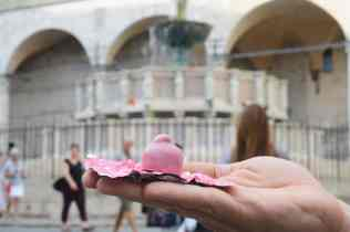 Bacio-Perugina-rosa