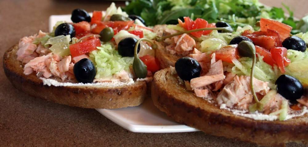 bruschetta-al-salmone