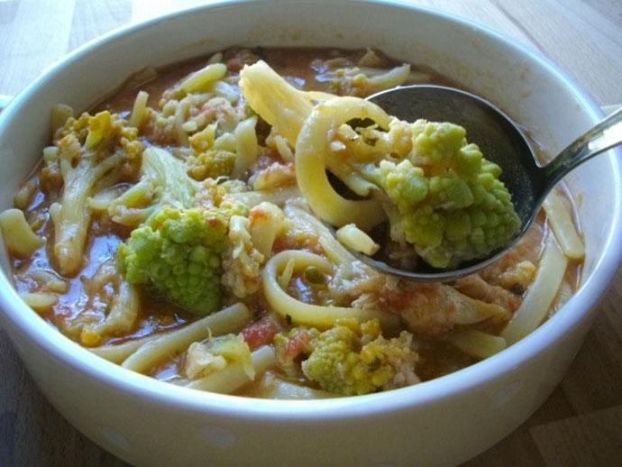Pasta-con-broccoli-romani-in-brodo-arzilla.jpg