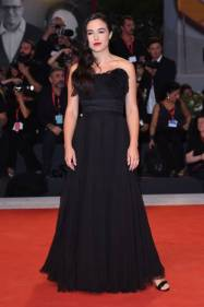 """VENICE, ITALY - SEPTEMBER 02: Denise Sardisco walks the red carpet ahead of the """"Martin Eden"""" screening during the 76th Venice Film Festival at Sala Grande on September 02, 2019 in Venice, Italy. (Photo by Stefania D'Alessandro/WireImage,)"""