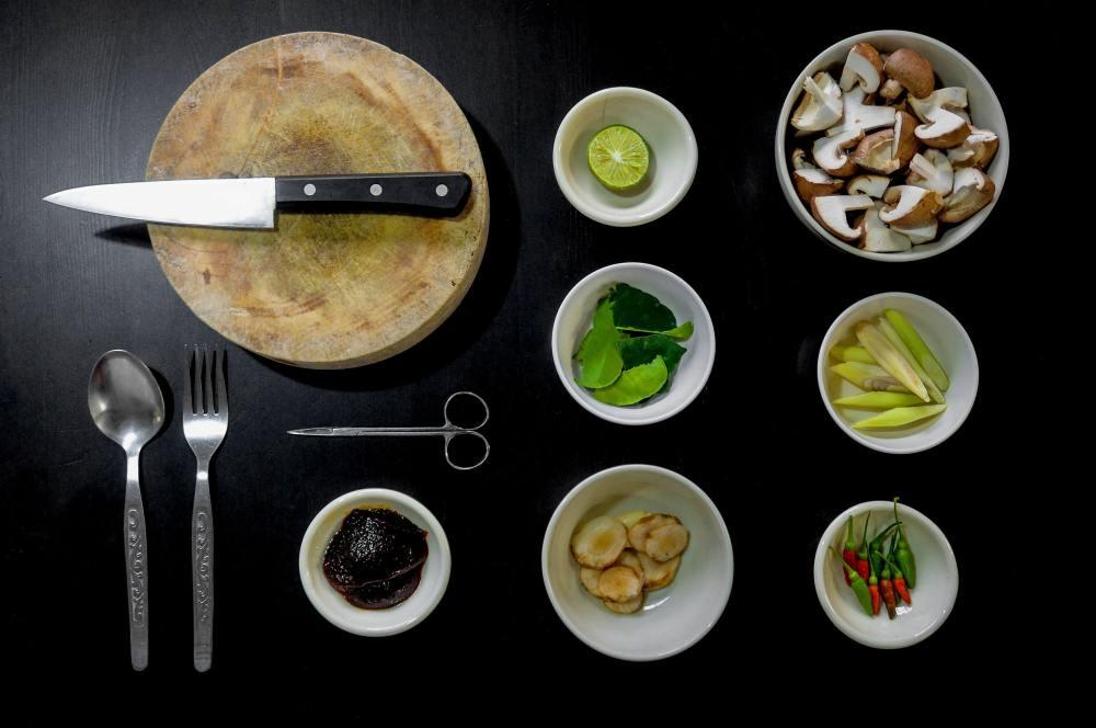 food-vegetarian-kitchen-cooking-33242.jpg