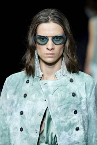 MILAN, ITALY - SEPTEMBER 19: A model, sunglasses detail, walks the runway at the Emporio Armani show during the Milan Fashion Week Spring/Summer 2020 on September 19, 2019 in Milan, Italy. (Photo by Vittorio Zunino Celotto/Getty Images)