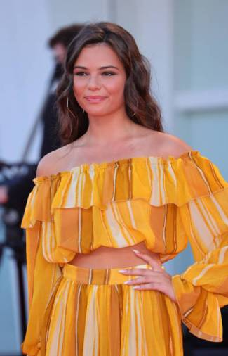 Eleonora Gaggero poses on the red carpet during the 77th Venice Film Festival on September 02, 2020 in Venice, Italy. (Photo by Matteo Chinellato/NurPhoto via Getty Images)