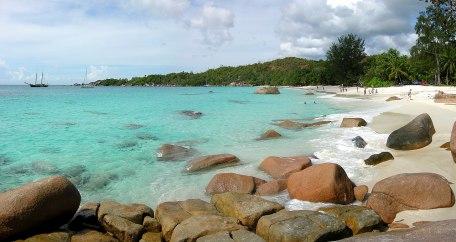 1280px-Anse_Lazio-Praslin-Seychellen