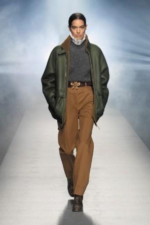 milano-fashion-week-moda-milano-sfilate-moda-sfilate-milano-alberta-ferretti-14-milano-fashion-week-moda-milano-sfilate-moda-sfilate-milano-alberta-ferretti-640x960