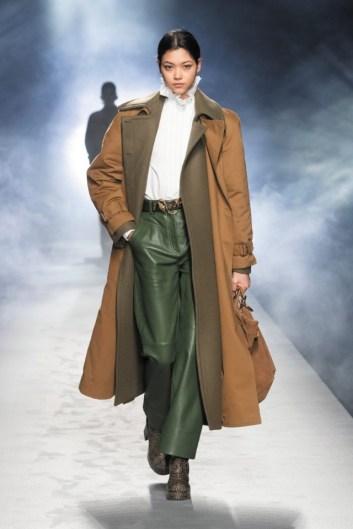 milano-fashion-week-moda-milano-sfilate-moda-sfilate-milano-alberta-ferretti-20-milano-fashion-week-moda-milano-sfilate-moda-sfilate-milano-alberta-ferretti-640x960