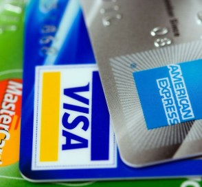 The Best Credit & Debit Cards You Should Consider