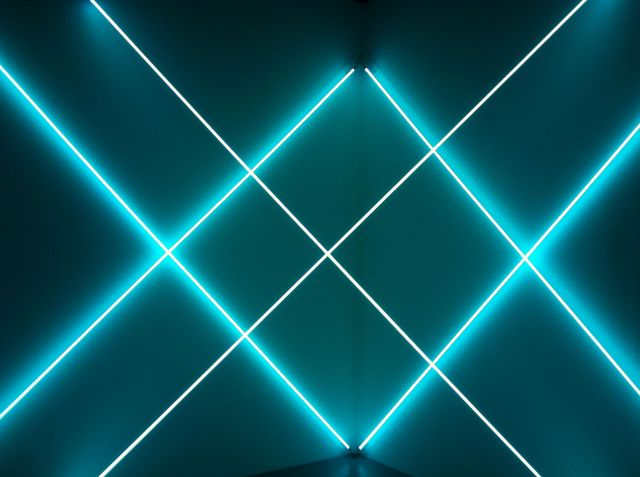 Light sculpture by Francois Morellet.