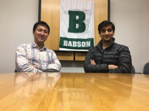 Kanei Kaku MBA'17 and Aakant Taurani MBA'17, co-founders of Runner's Convoy