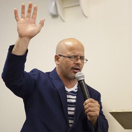 Bronx Pastor feature