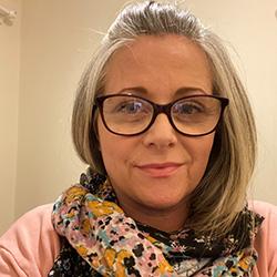 Headshot of adult learner student, Julia Pennington.