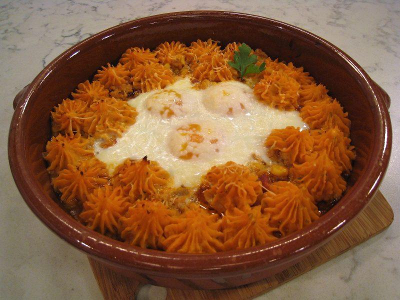 Cazuela de Carne con Batata y huevo