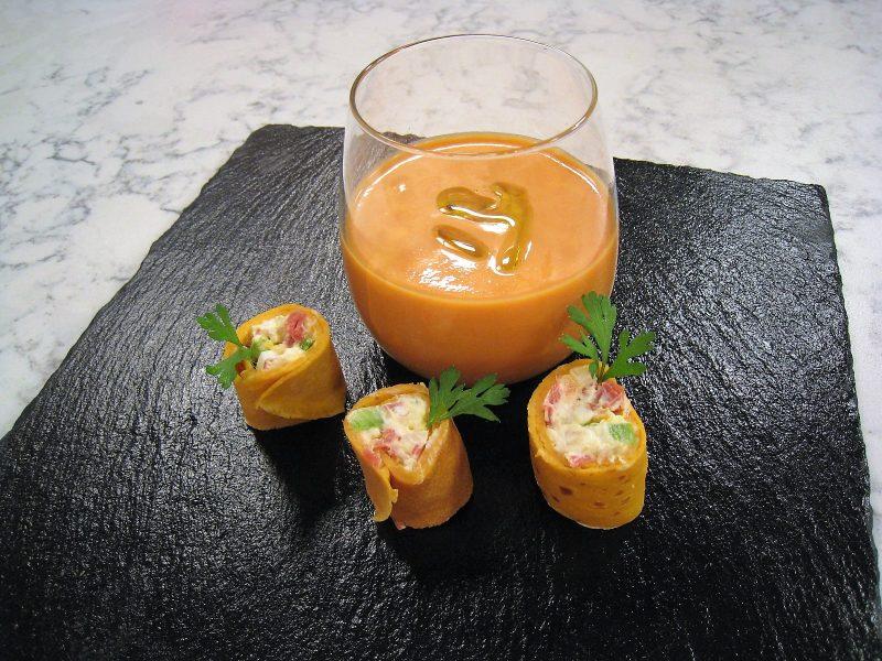 Crepes de Gazpacho con jamón