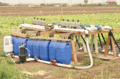 Manifold and injection system used for simulating irrigation water with different concentrations of nitrate-N.