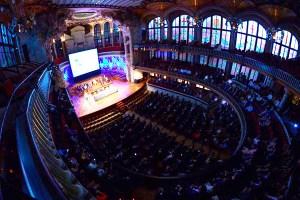 Fotografía panorámica del emblemático Palau de la Música, que acoge cada año el simbólico acto inaugural del año académico de EADA.