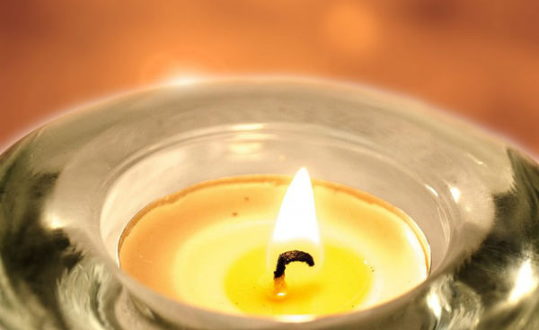 tea light candle in holder