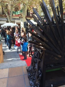 joc-de-trons-canet-de-mar-game-of-thrones-juego-de-tronos-castell-santa-florentina-tyron-stark-lannister-critiques-cinema-pel·licules-cinesa-cines-mejortorrent-pelis-films-series