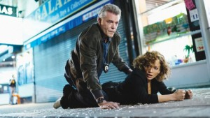 shades-of-blue-jennifer-lopez-ray-liotta-els-bastards-critica-serie