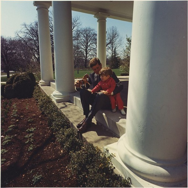 768px-President_Kennedy_plays_with_son_John_F._Kennedy_Jr