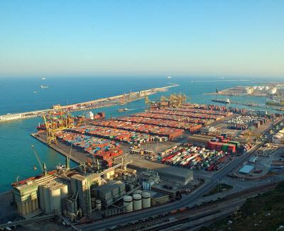 Port_Barcelona_400