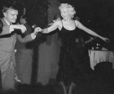 Truman-Capote-Dancing-with-Marilyn-Monroe