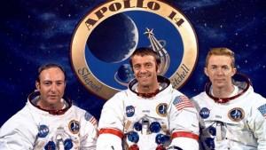 Astronautas del Apolo 14. Edgar Mitchell a la izquierda.