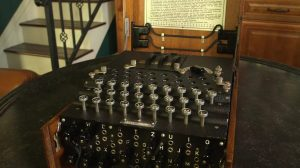 enigma-machine-2524266-2