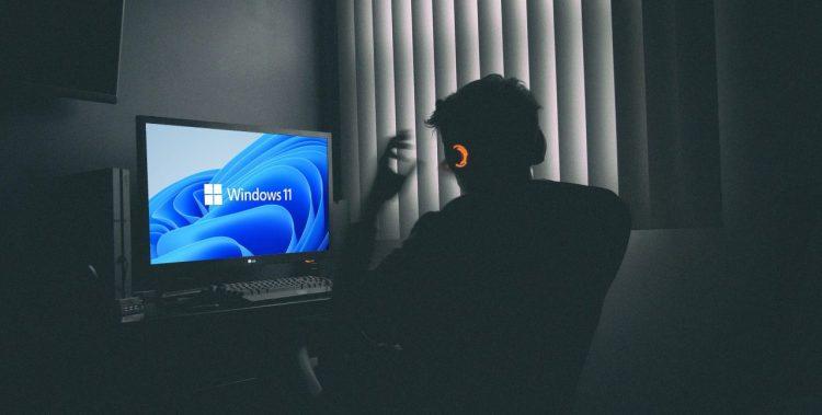 Windows 11: a beautiful meteor coming to kill the dinosaurs hero image