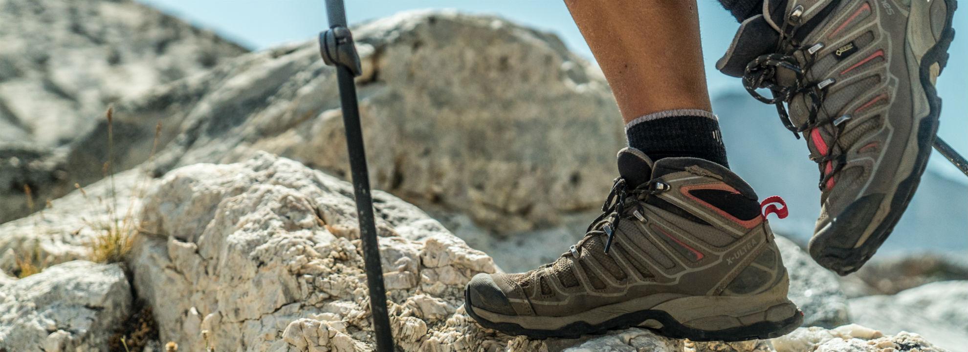 Cómo cuidar tus pies en la montaña: qué hacer antes, durante