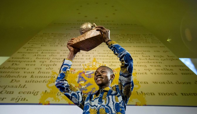 Children's Peace Prize 2015...epa05018169 Seventeen-year-old Abraham Keita from Liberia receives the International Children's Peace Prize 2015 at the Ridderzaal (Knight's Hall) in The Hague, The Netherlands, 09 November 2015. Keita received the award for his special efforts to improve children's rights in his country. EPA/BART MAAT