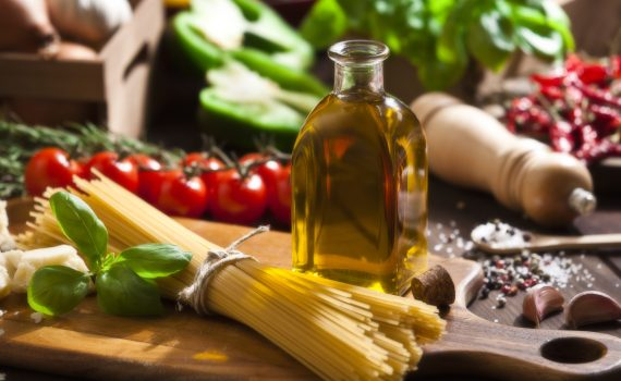 La dieta mediterranea previene una delle principali cause di cecità