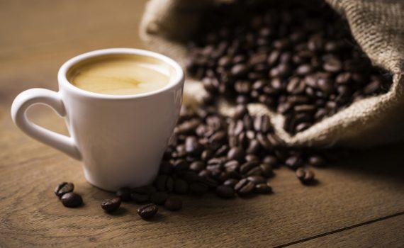 Il caffè può allungare la vita