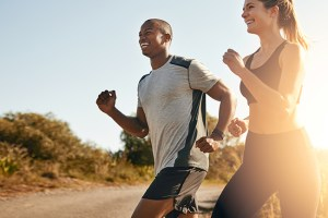 Cuidar da saúde dos esportistas jovens