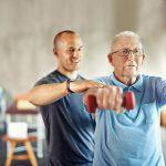 Ejercicios pueden desacelerar el avance del Parkinson, apunta estudio