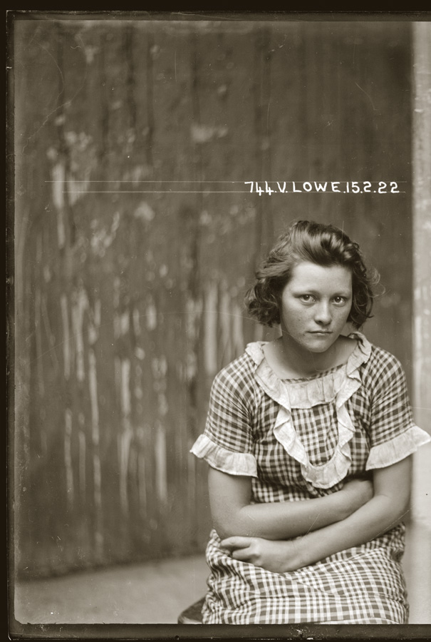 Mug shot of Valerie Lowe, 15 February 1922, Central Police Station, Sydney. NSW Police Forensic Photography Archive, Justice and Police Museum, Sydney Living Museums.