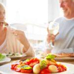 Tips Memberikan Asupan Nutrisi Yang Baik Untuk Lansia Atau Manula