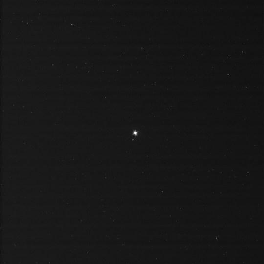 Foto de la Tierra y la Luna, imagen por NASA/JPL