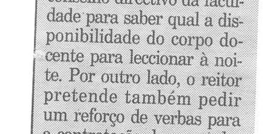 """(354) """"Aulas nocturas em Letras"""" - 1996 02 03 Publico ...-110r"""