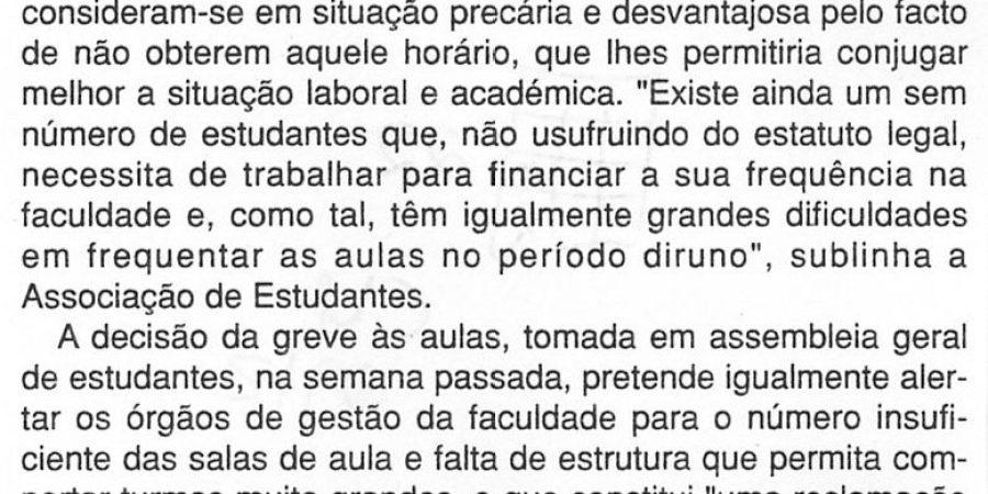 """(107) """"Faculdade de Letras faz greve pelos trabalhadores-estudantes"""" - 2000 02 29 CManha 22-130r"""