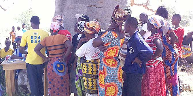 A polling station near Bolgatanga in Northern Ghana Credit: Elleen Delhl via Flickr (http://bit.ly/1jYdGt2) CC BY-NC-SA 2.0