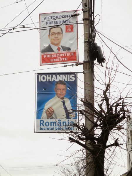 Top: Victor Ponta President – the president who unites; bottom: Iohannis – Romania, work done well (Source: Daniel Brett)