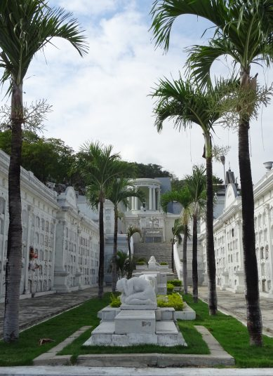 Cementerio General in Guayaquil