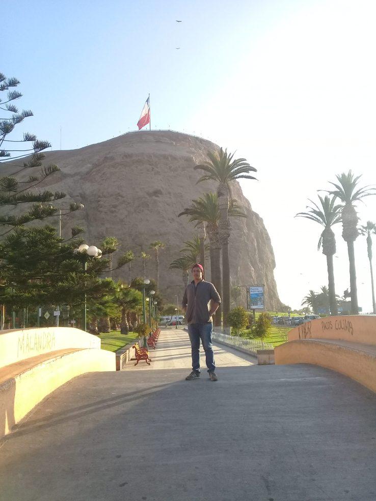Im Hintergrund der Morro von Arica