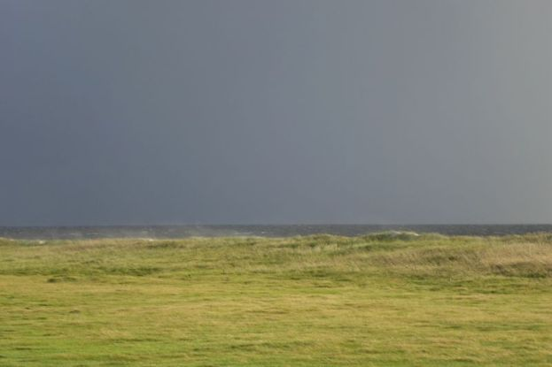 Sandflug über die Düne (Foto: Tore J. Mayland-Quellhorst).