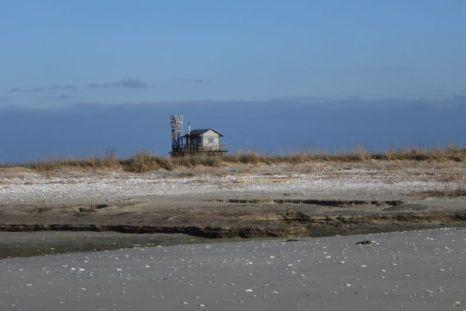 Die Hütte hinterm Strand (Foto: Tore J. Mayland-Quellhorst).